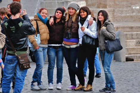 group_at_piazza_del_popolo_rome